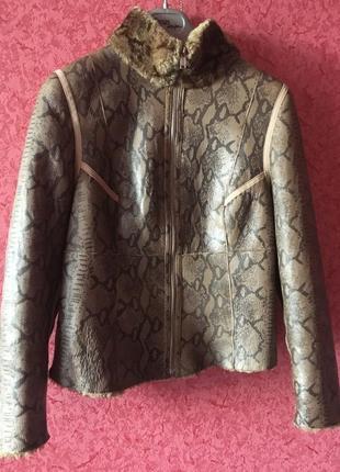 Продам отличную дублёнку куртку натуральную