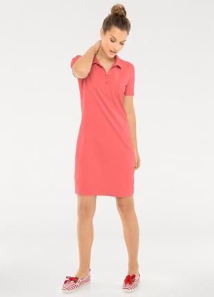 Трендовое платье поло