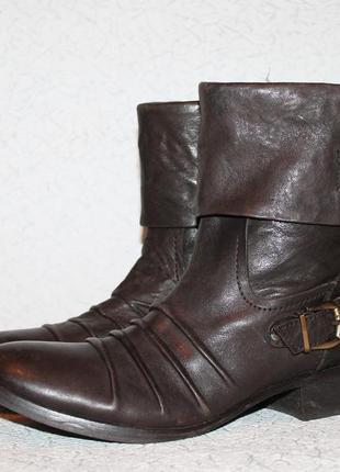 Кожаные ботинки mustang 38 размер 25 см стелька