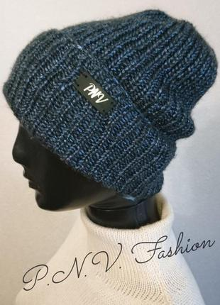 Стильная шапка чулок