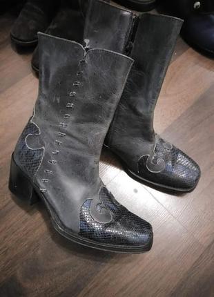 Ботильоны  казаки из натуральной кожи на удобном каблуке