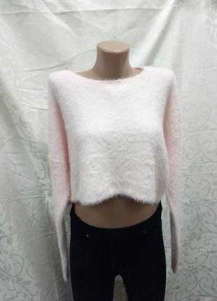 Очень стильный укороченный свитер травка