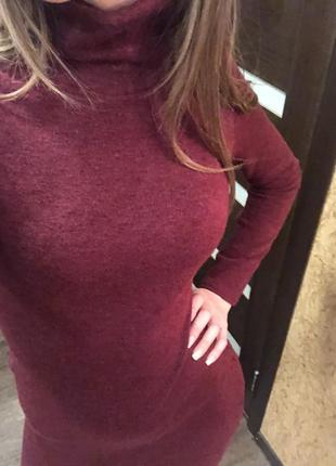 Продам длиное платье с горлом из ангоры