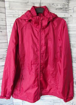 Мембранная не продуваемая и не промокаемая куртка ветровка mountain warehouse1