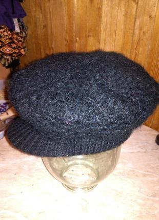 Тёплая,двойная, кеппи-кепка-шапка с козырьком,красивой,крупной вязки