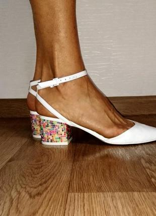 Туфли мюли босоножки с камнями