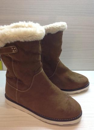 Модні зимові чобітки