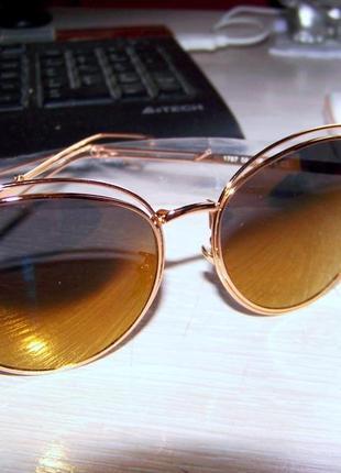 """Солнцезащитные очки """"кошачий глаз"""" с металлическими бровями золотое зеркало антирефлекс"""