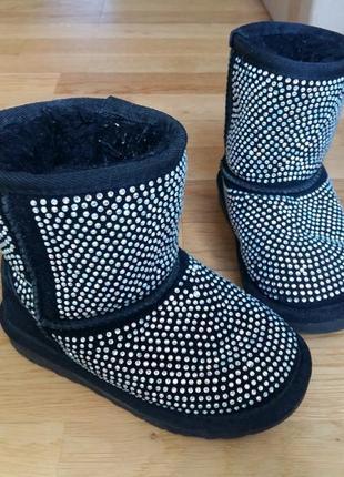 Зимние сапоги ботинки ugg yanafang в стразах 28 размер