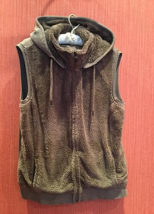 Тёплая жилетка с капюшоном 100 %cotton