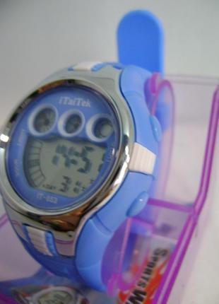 Водозащищенные детские,женские часы itaitek электронные