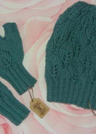 Вязаный комплект шапка с митенками hand made
