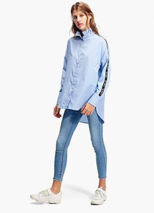 Очень крутая рубашка оверсайз stradivarius
