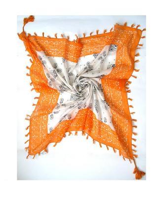 Большой коттоновый платок палантин, кисточки , испания -101х107см- новый