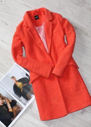 Шикарное яркое пальто оранжевое фактурное бойфренд прямого кроя с 8