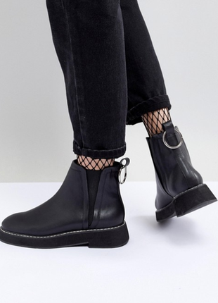 Шикарные трендовые стильные ботинки челси ботильоны с металическим кольцом от asos