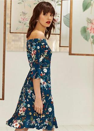 Шикарное , трендовое платье с цветочным принтом oasis & the fitzwilliam museum cambridge