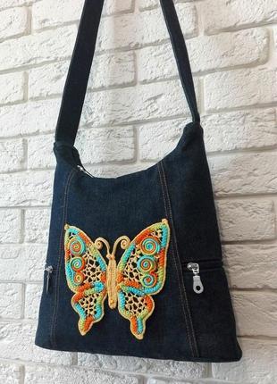 Авторская джинсовая сумка с кружевом ручной работы