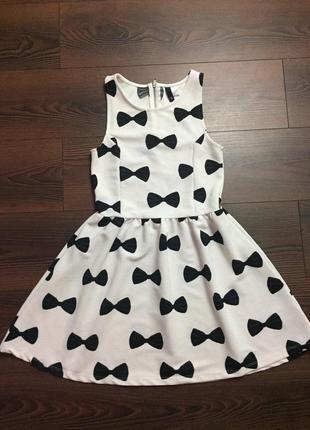 Очаровательное платье divided (h&m)
