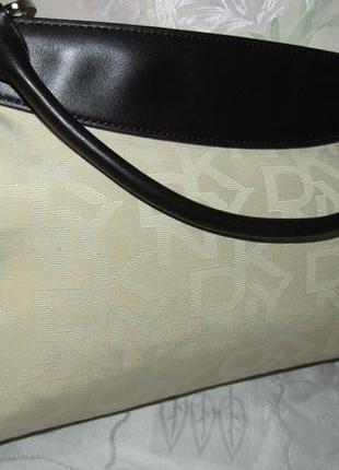 Роскошная , стильная сумка текстиль и кожа - dkny -