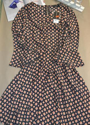 Классное платье dorothy perkins! 100% viscose!