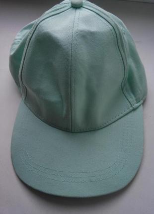 Мятная кепка бейсболка