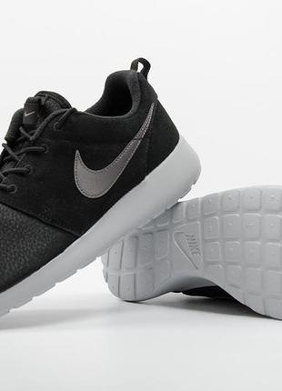 Кросівки nike roshe one suede 685280-001