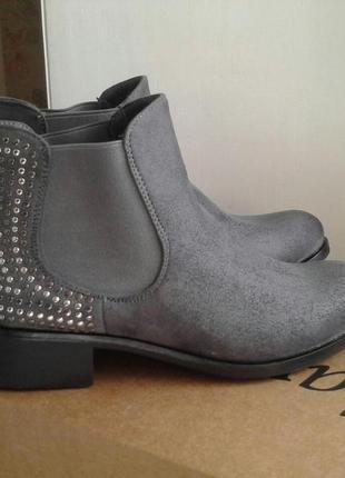 Ботинки деми gioiosita, новые