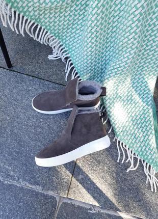 Хайтопы ботинки из натуральной замши