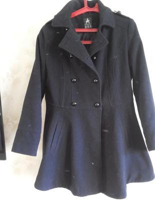 Пальто полупальто с баской