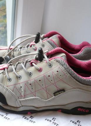 Кожаные кроссовки ecco gore-tex 33 р.