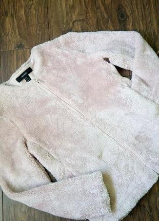 Крутая куртка с искусственного меха forever21