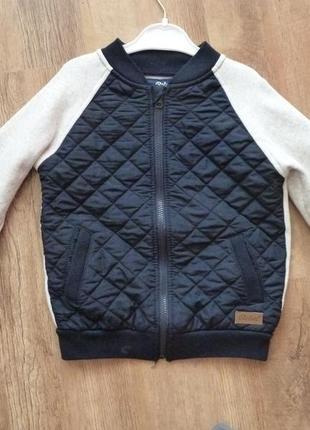 Куртка, бомбер primark на 6-7 лет в отличном состоянии