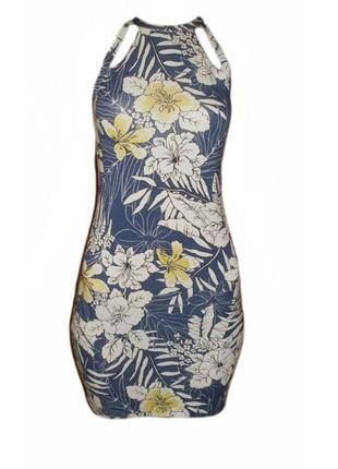 Платье цветочный принт открытые плечи вискоза приталенное miss selfridge