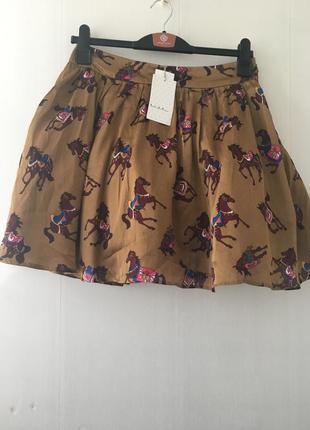 Роскошная юбка пачка с лошадьми, на фитине, держит форму