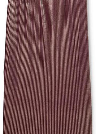 Шикарная плиссированная юбка миди с золотым напылением от mango (размер 36)
