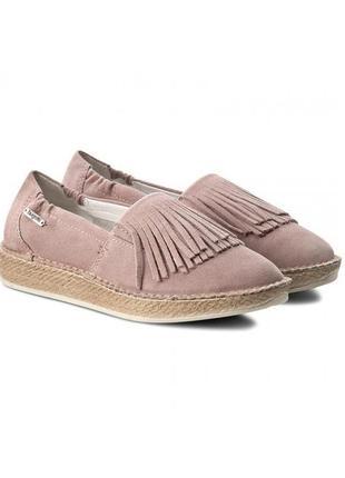 Замшевые пудровые туфли лоферы эспадрильи мокасины с бахромой  100% кожа от bugatti