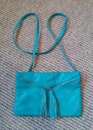 Красивая сумочка через плечо голубовато- бирюзового цвета