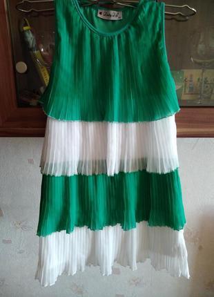 Нарядное платье, в т.ч. новогоднее.
