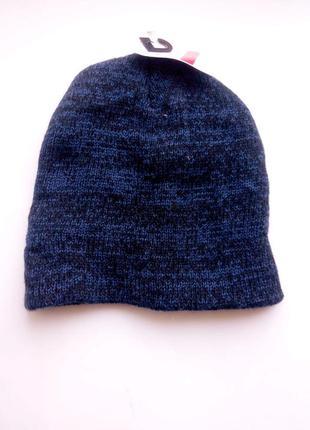 Стильная теплая шапка c&a