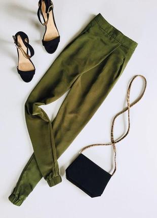 Легкие шифоновые штаны на запах свободного кроя от topshop