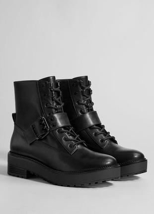 Новые ботинки bershka (36-40)