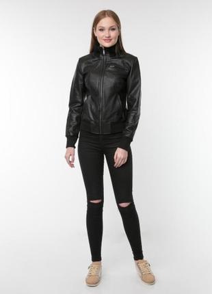 Красивая мягкая кожаная женская куртка arma collection р.48-50 с трикотажными вставками