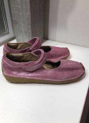 Туфли мoкасины на девочку