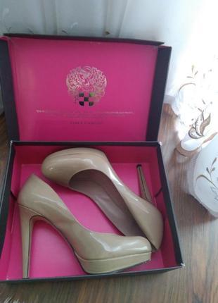 Элегантные туфли vince camuto