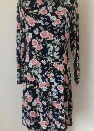 Распродажа!!!красивое трикотажное платье с принтом tu