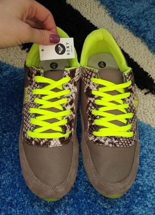 Женские кроссовки новые от бренда roxy из америки👟