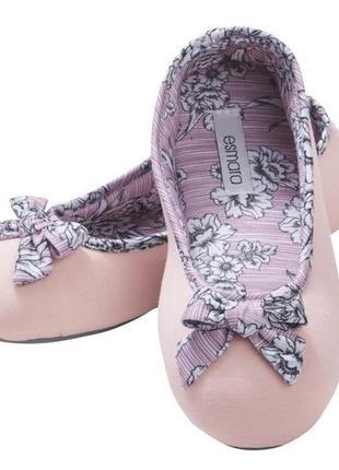 Тапочки-балетки від німецького бренду