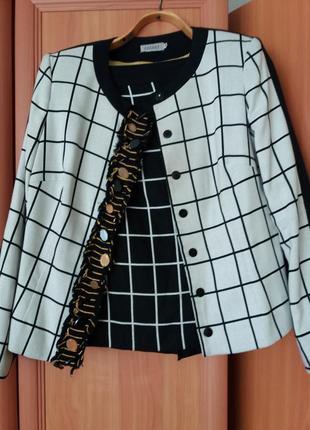 Теплый женский костюм на осень и зиму пиджак,  жакет, юбка в клетку