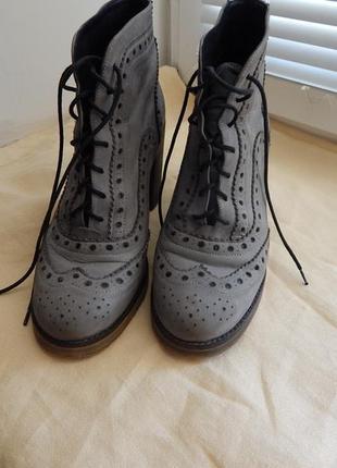 Мега стильные кожанные ботинки river island